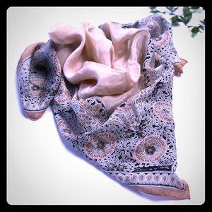 Oscar de La Renta scarf vintage
